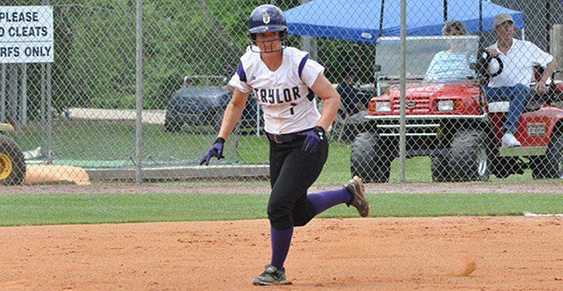 3rd Softball Defeats Georgetown at NAIA Opening Round Photo