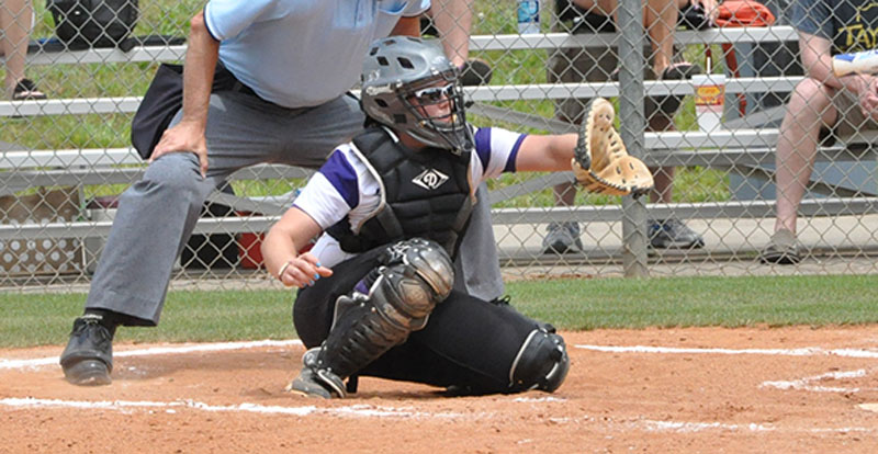 9th Softball Defeats Georgetown at NAIA Opening Round Photo