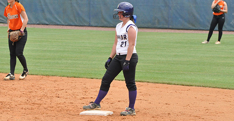 19th Softball Defeats Georgetown at NAIA Opening Round Photo