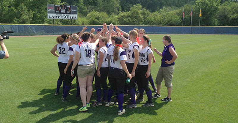 34th Softball Defeats Georgetown at NAIA Opening Round Photo