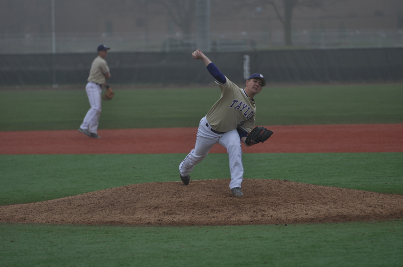 27th Baseball Splits with Cougars Photo
