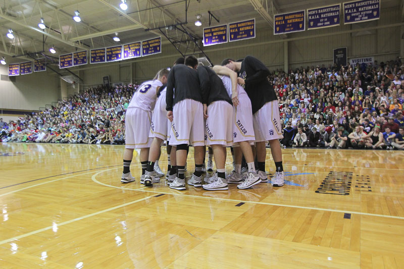11th Men's Basketball Silent Night Photo