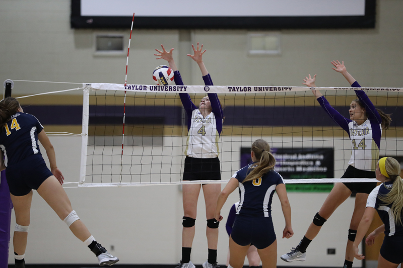 15th Trojans Sweep SAU in Luthy's Home Debut Photo