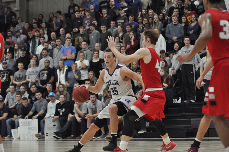26th IWU Edges Past Trojans in Odle Photo