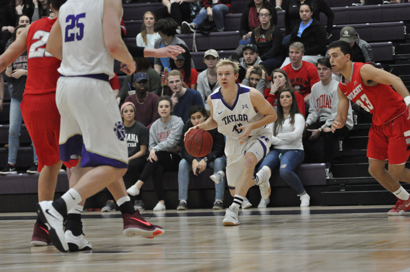 27th IWU Edges Past Trojans in Odle Photo