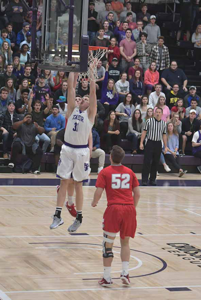 31st IWU Edges Past Trojans in Odle Photo