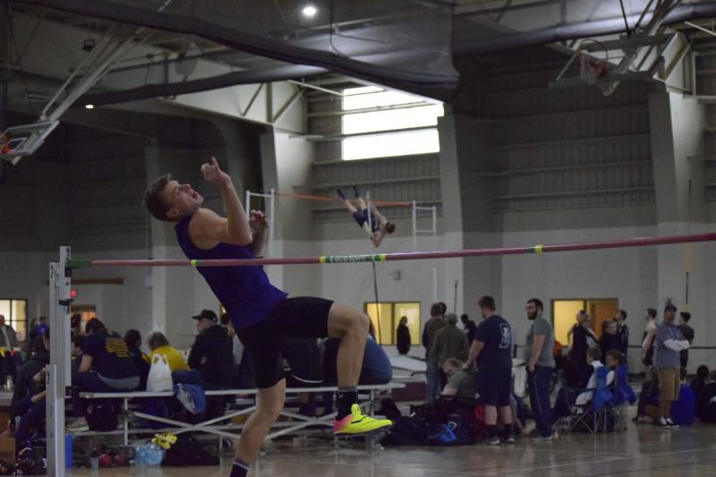 16th Men's Indoor Track & Field at Trojan Invitational  Photo
