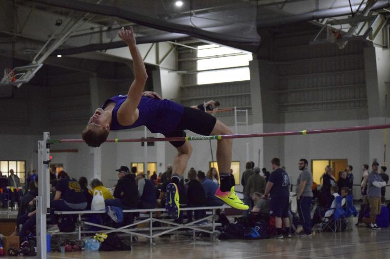 17th Men's Indoor Track & Field at Trojan Invitational  Photo