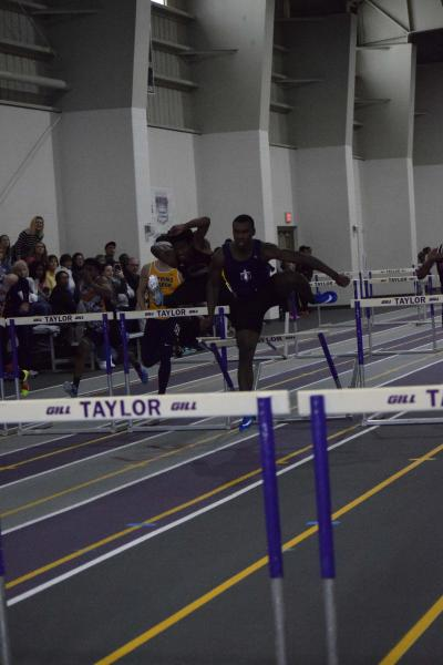 19th Men's Indoor Track & Field at Trojan Invitational  Photo