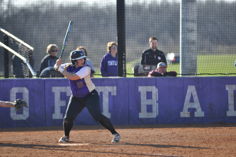 34th Softball Earns Fifth-Straight Sweep Photo
