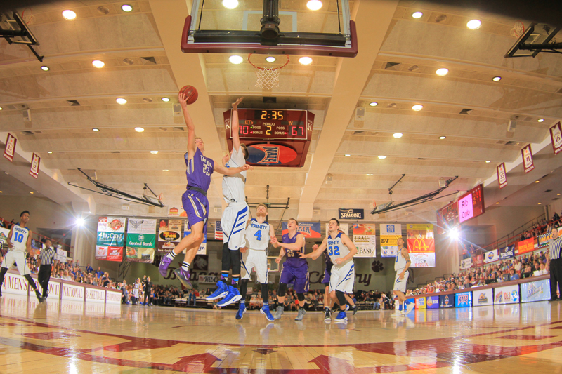 41st TU Falls at Horn in Sweet 16 Photo