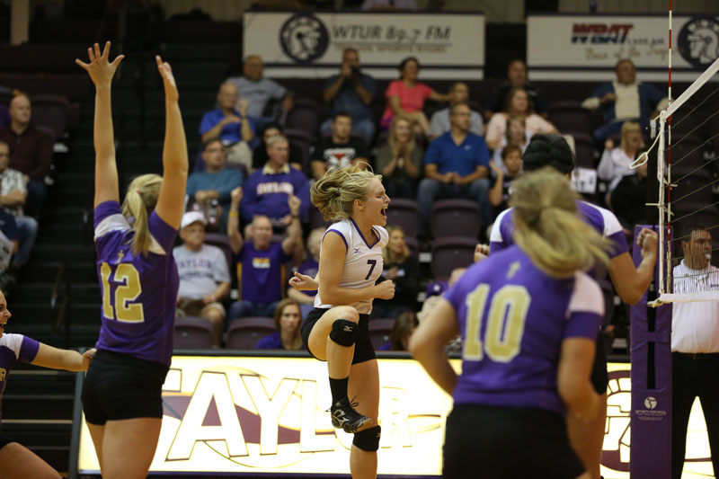 7th Volleyball Sweeps IWU Photo