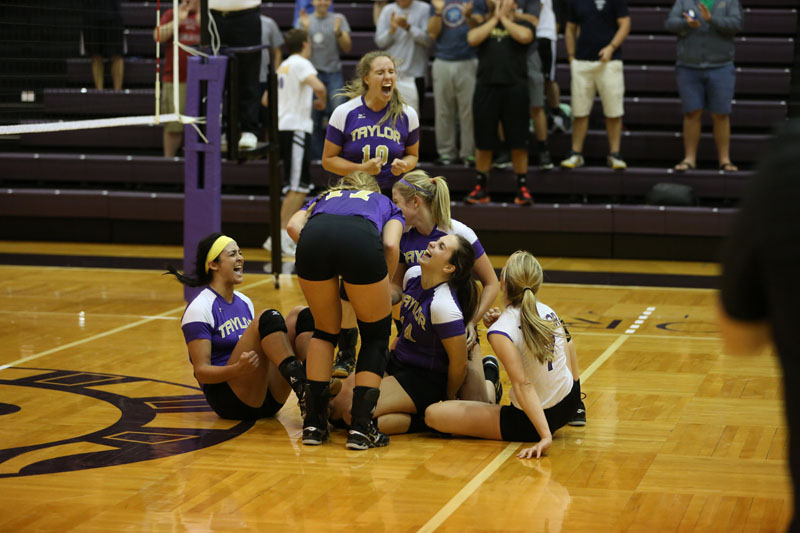 24th Volleyball Sweeps IWU Photo