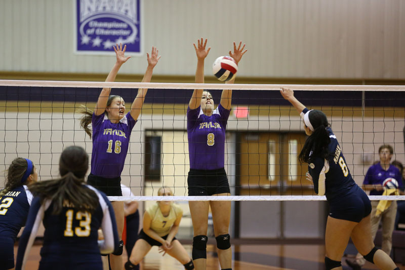 5th Volleyball Sweeps Marian Photo
