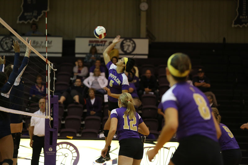 9th Volleyball Sweeps Marian Photo