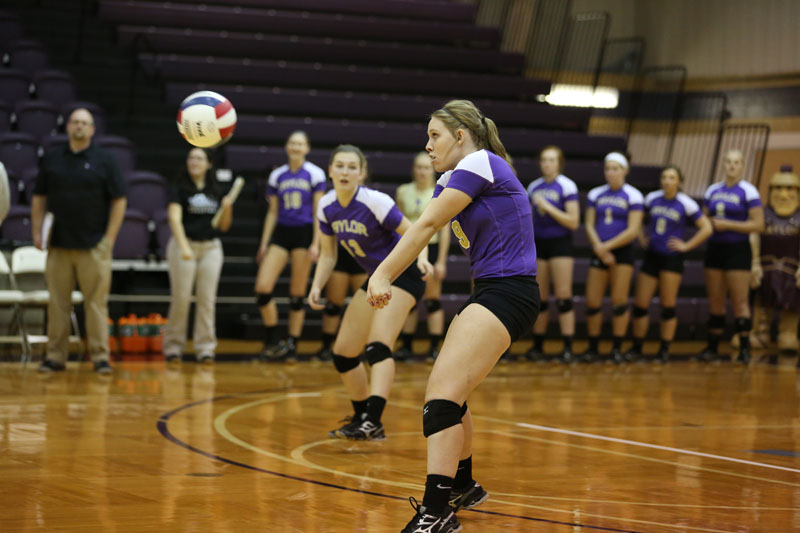 10th Volleyball Sweeps Marian Photo