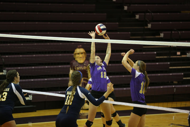 21st Volleyball Sweeps Marian Photo
