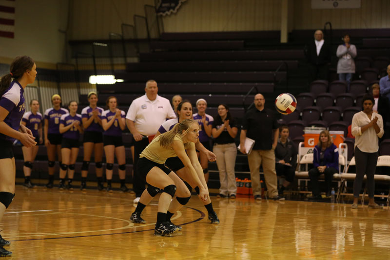 30th Volleyball Sweeps Marian Photo