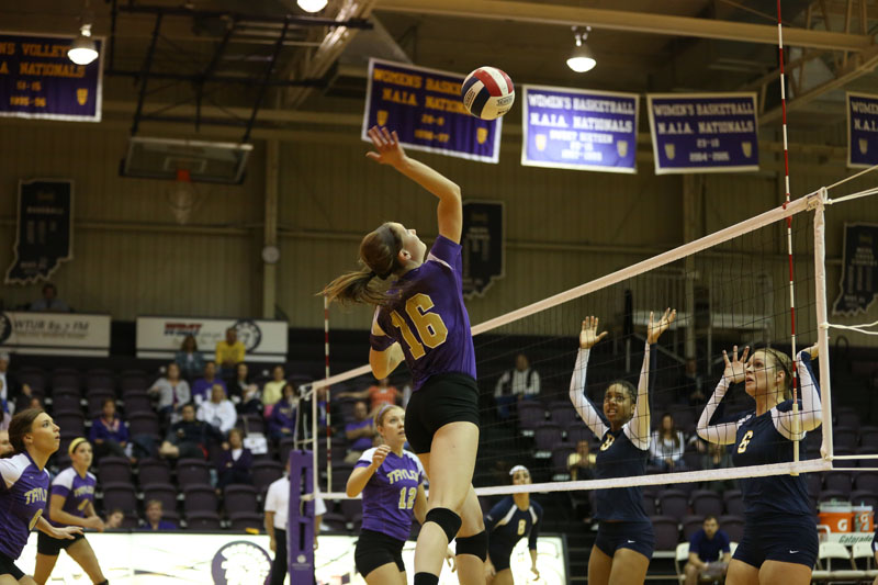 46th Volleyball Sweeps Marian Photo