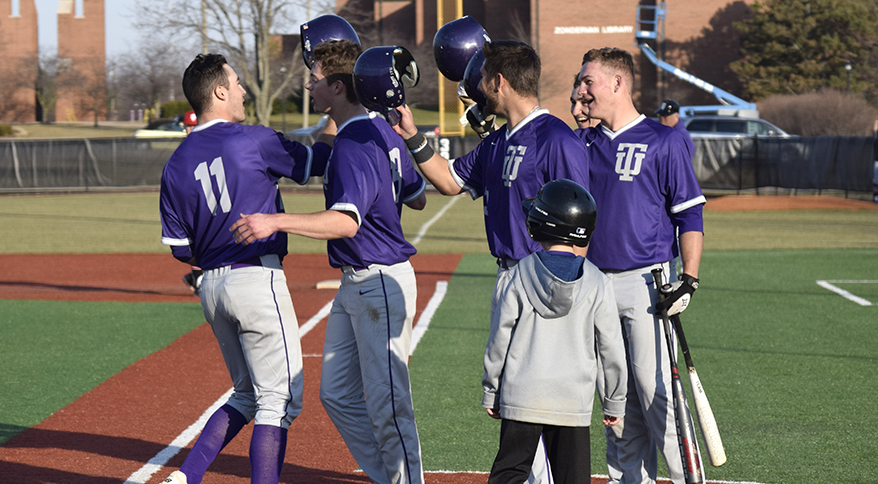 Photo for Bats Remain Hot as Trojans Take Series Win Against IUSB